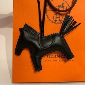 Hermès Rodeo Charm all-black edition